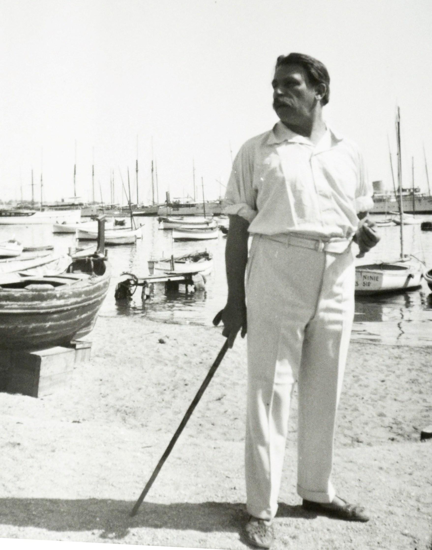 С. Сорин на юге Франции. 1930 год. (Прислано из архива университетской библиотеки города Лидс, Великобритания).
