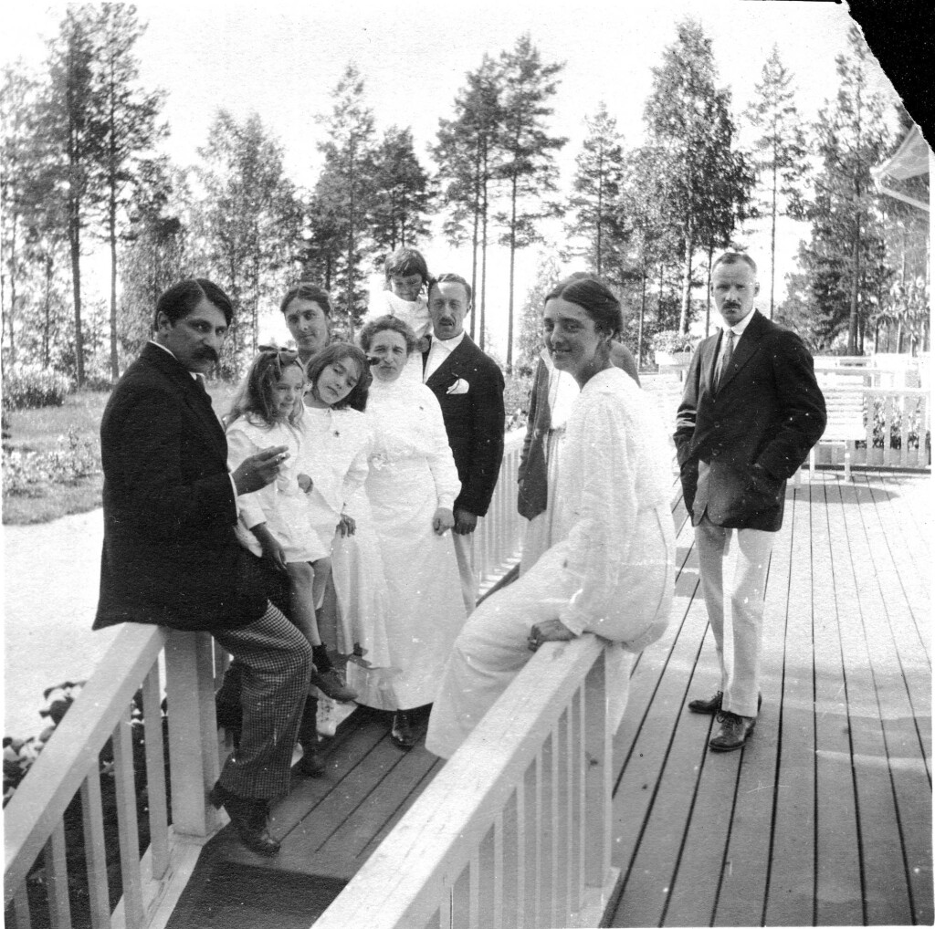 С. Сорин на даче у Соловьевых. 1915 г.