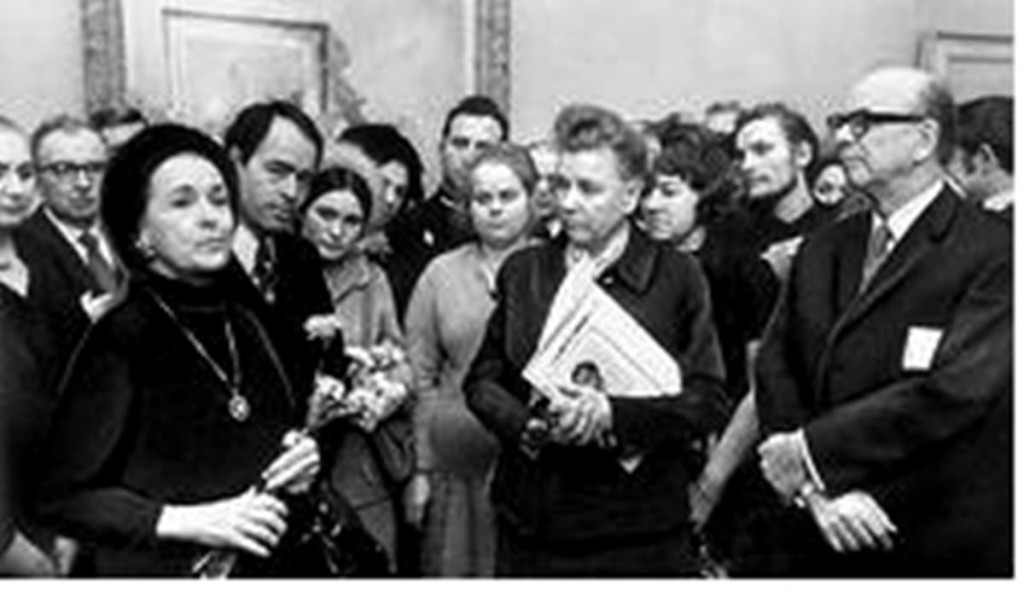 4.  Е.Фурцева у А.С.Сориной